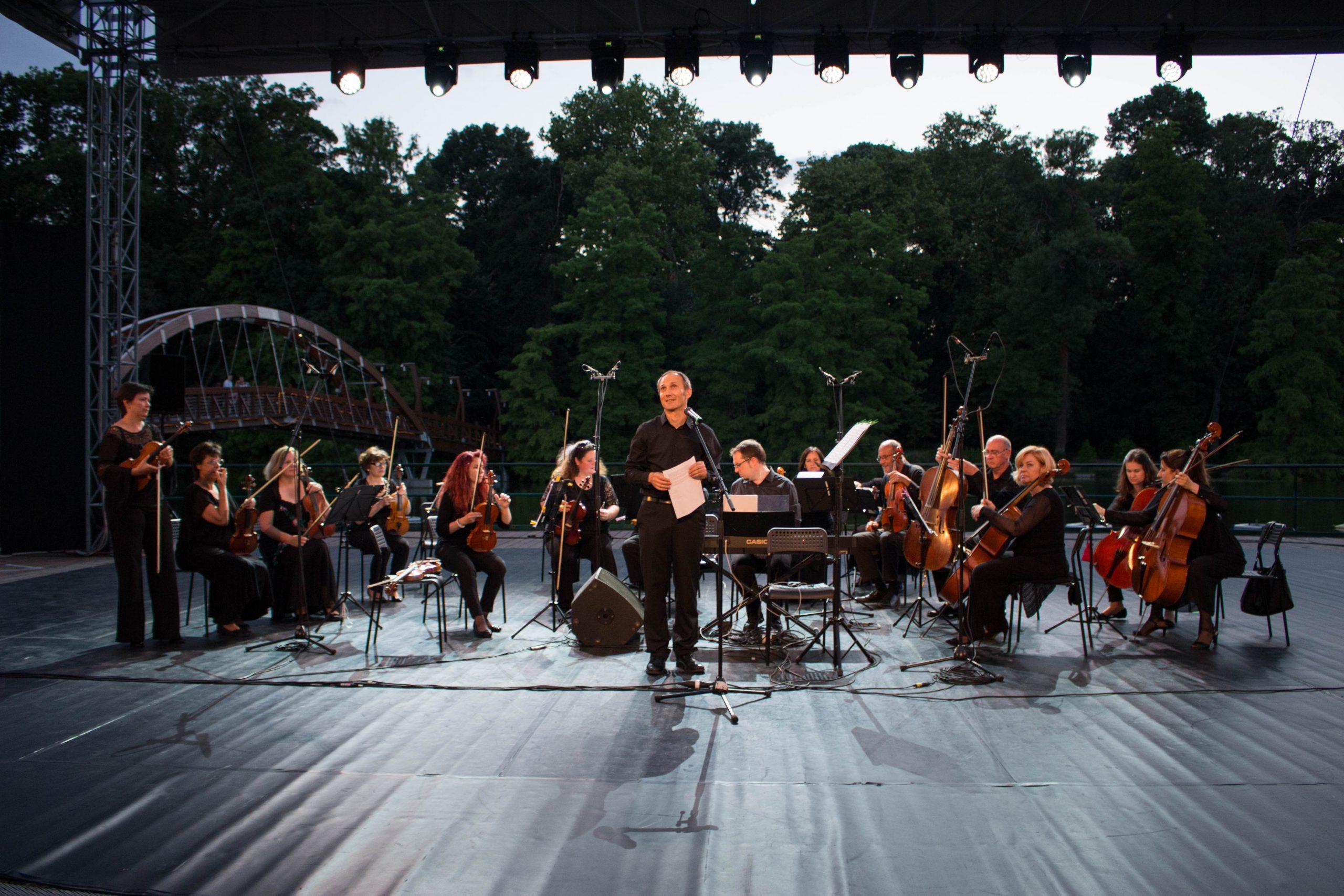 Nagyon komoly: Bachot hoztak – tapsot vittek